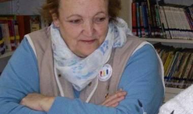 Esta mañana estuvo con nosotros Gladys Meyer, titular de la biblioteca infantil que destacó las actividades de la institución