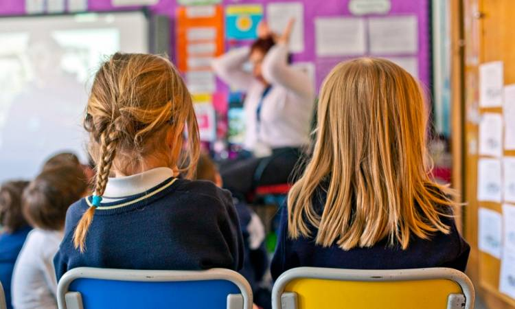 Pese a la fase 2, colegios privados abren sus puertas