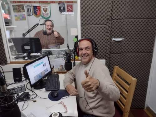 A Primera Hora- de lunes a viernes de 6 a 10 hs en FM Suarenese 101.9-