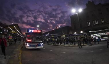 El Ministerio de Transporte sancionará a empresas de colectivos si no prestan servicios