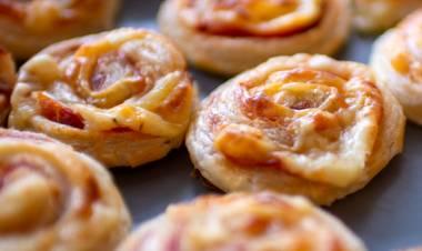 Rollitos de jamón y queso Cheddar