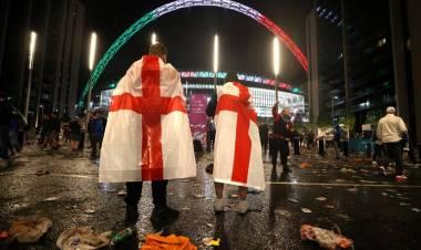 Temen que los casos de violencia doméstica se hayan disparado en Inglaterra tras la derrota en la final de la Eurocopa
