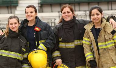 Suarez: Bomberos Voluntarios incorporó 10 mujeres como aspirantes