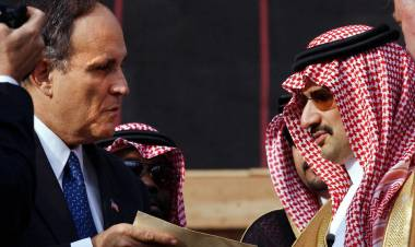 Un documento del FBI refuerza las sospechas sobre el rol de Arabia Saudita en los atentados del 11S
