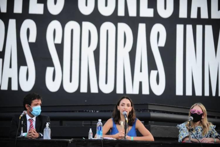 Thelma Fardin afirmó que la Justicia de Brasil investigará a Juan Darthés por abuso sexual
