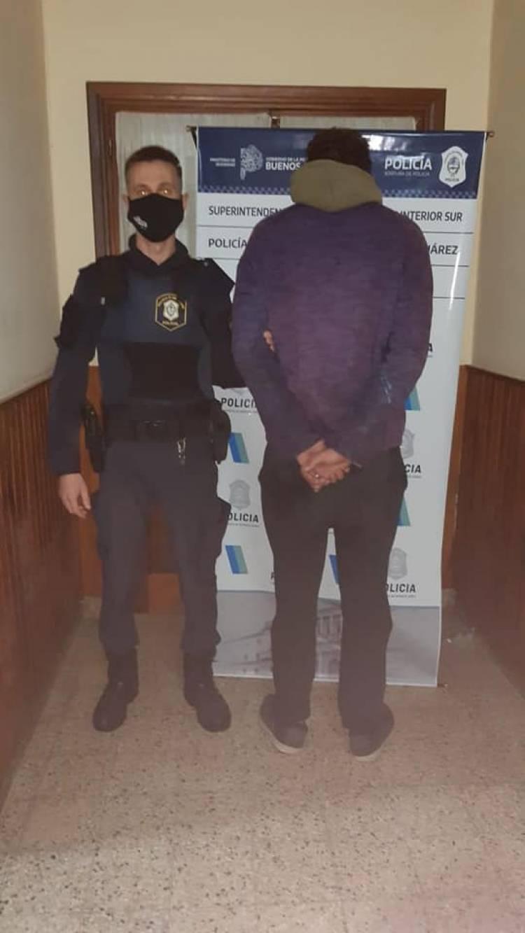 Dos personas aprehendidas por delitos contra la propiedad y varias infracciones labradas
