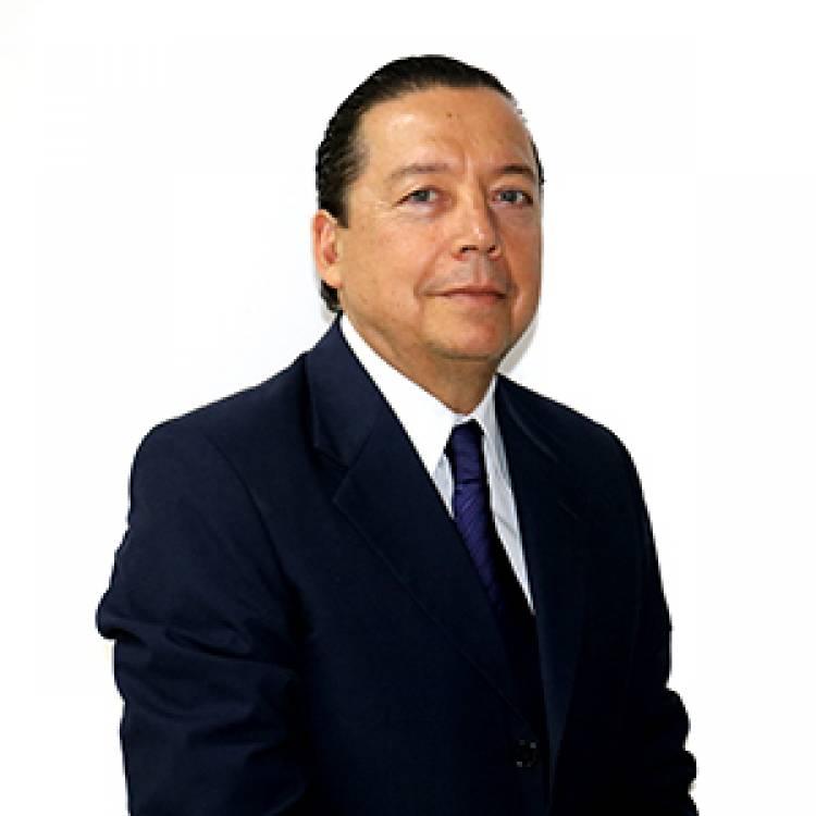 Nestor Carbini en dialogo con Miguel Menchi, en nuestra mañana de FM Suarense