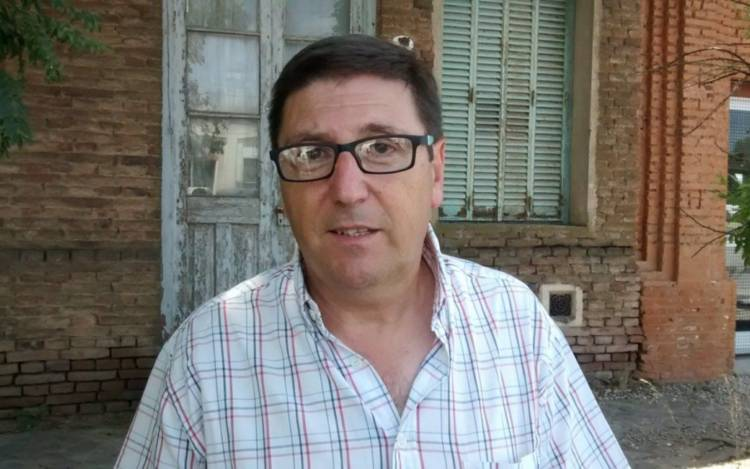 Ricardo Salerno en los micrófonos del programa ''A Primera Hora''