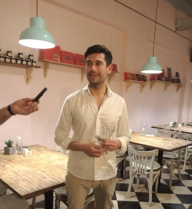 Cervantes Café & Bistró, un nuevo lugar en el corazón de Cnel. Suárez