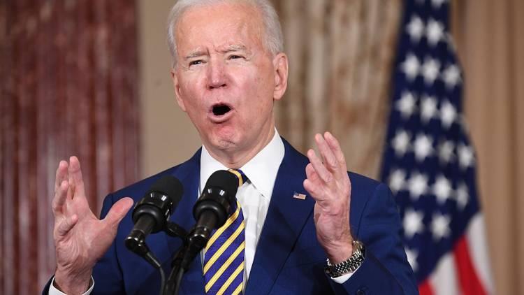 Biden presentó un ambicioso programa para combatir la pobreza