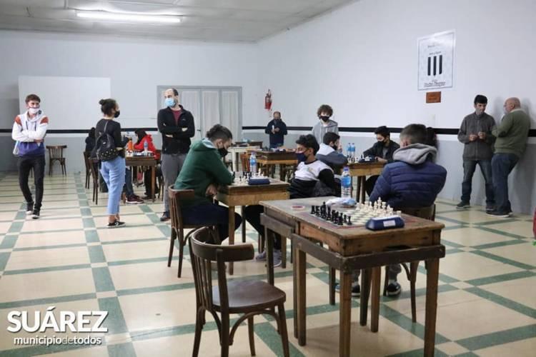 Deportes/Juegos BA: Coronel Suárez fue sede de la etapa regional de Ajedrez