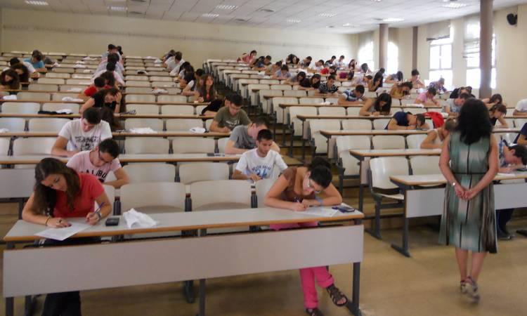 Los docentes universitarios tendrán un aumento salarial total de 47%